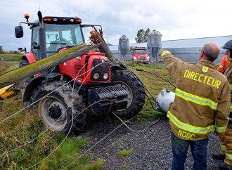 Un agriculteur se retrouve dans une fâcheuse position à Notre-Dame-du-Bon-Conseil