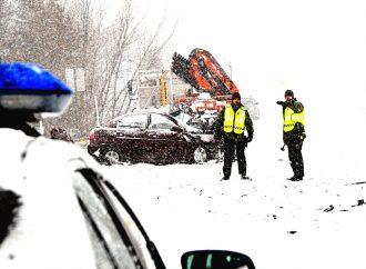 [VIDÉO] Une collision entre un camion-porteur et une automobile provoque le décès d'un homme à Notre-Dame-du-Bon-Conseil