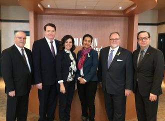Visite de la vice-première ministre – La ministre Dominique Anglade à l'incubateur de la SDED