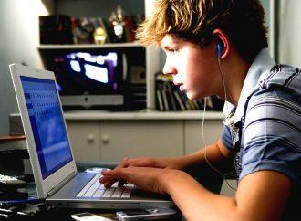 Il faut plus de ressources et d'outils pour devenir des modèles de rôle numérique pour les enfants
