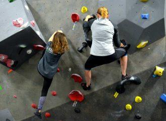 Une toute première compétition au centre d'escalade de blocs l'Escarpé ce weekend