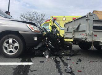 Accident sur le boulevard Lemire impliquant une voiture et un scooter