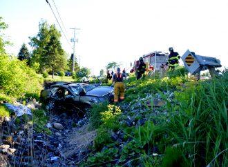 Une conductrice lourdement intoxiquée fait une violente embardée à Saint-Guillaume