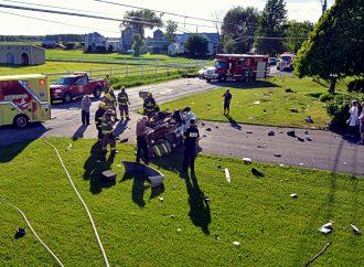 Un jeune conducteur de 21 ans sort miraculeusement vivant d'une violente collision