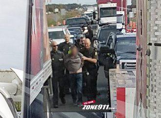 Poursuite policière de Drummondville à Lévis-Une aide inattendue permet l'arrestation du fuyard