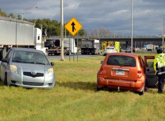 Deux accidents, dont un carambolage, sur l'autoroute 20
