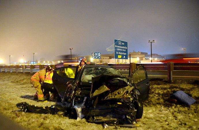 Un automobiliste perd conscience et provoque une embardée sur l'autoroute 20 à la hauteur de Drummondville