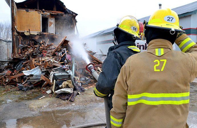 Les pompiers de Durham-Sud interviennent dans un incendie de résidence