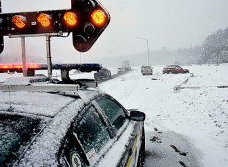 Accident délit de fuite et arrestation pour facultés affaiblies sur l'autoroute 20 à Drummondville