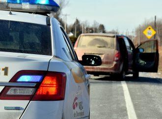 Un enfant chute d'un véhicule en marche sur la route 116 à Durham-Sud