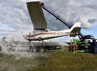 Un avion fait une sortie de piste à l'aéroport de Drummondville