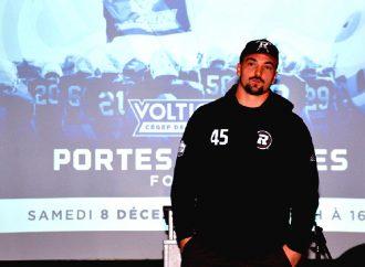 Les recrues des Voltigeurs en football trouve en Anthony Gosselin une source d'inspiration