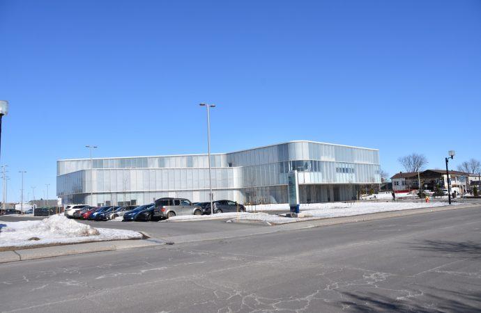 Bibliothèque publique de Drummondville : des moyens de pression du syndicat des cols blancs nuisent à la prestation de services aux citoyens