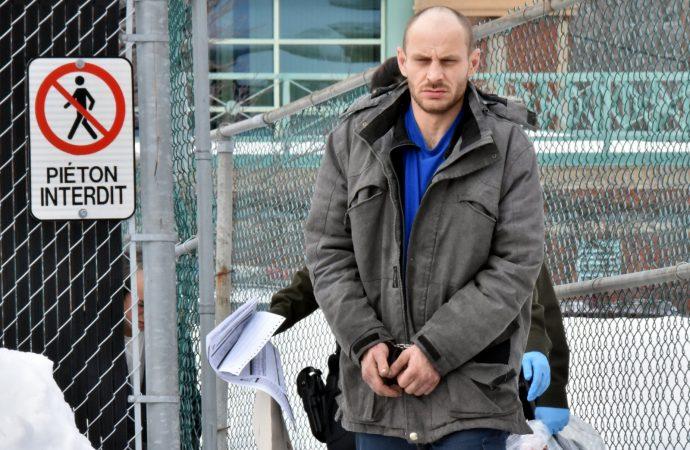 Vol dans une quarantaine de véhicules, le suspect formellement accusé à Drummondville