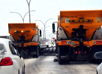 Tempête hivernale : les équipes du Service des travaux publics sont à pied d'œuvre