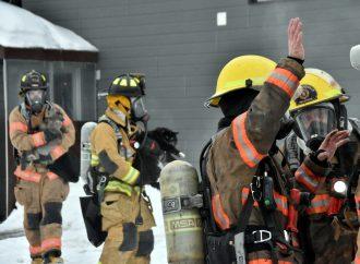 Un incendie majeur à Drummondville pousse des résidents à la rue