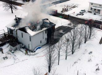 Une résidence lourdement endommagée par un incendie à Saint-Cyrille-de-Wendover