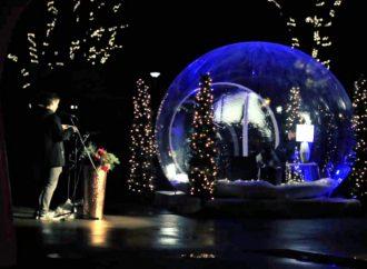 Magie de Noël : Le Collège Saint-Bernard surprend cette année en offrant la magie…  dans une bulle de Noël!