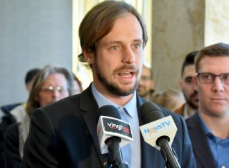 """Budget de la Ville questionné par M. Carrier ''une sortie publique en temps de crise sanitaire """"mal choisie"""" selon le candidat Mathieu Audet »"""