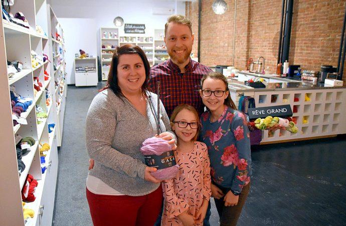 Pelotes & Cie: Une nouvelle entreprise familiale tricotée serrée à Drummondville