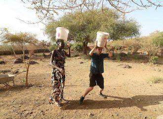 LE TOUR DU MONDE AVEC JIMCHAB ! – AU SÉNÉGAL: LES FEMMES EN AFRIQUE, DES «SUPERHÉROS»