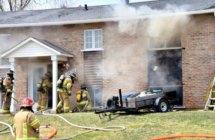 Des travaux de rénovation en cause dans un incendie de résidence à Saint-Cyrille-de-Wendover
