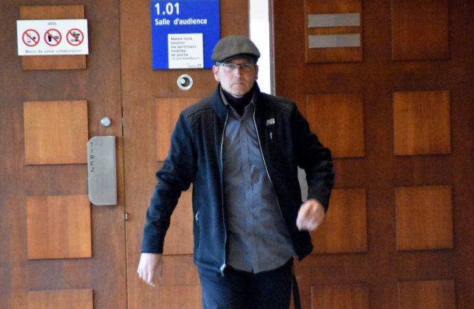 Agressions sexuelles : Stéphane St-Louis reconnu non coupable d'un des chefs d'accusation qui pesait contre lui
