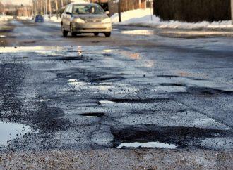 Conduite – Nid-de-poule 78% des conducteurs utilisent les mauvaises techniques de conduite pour les éviter.