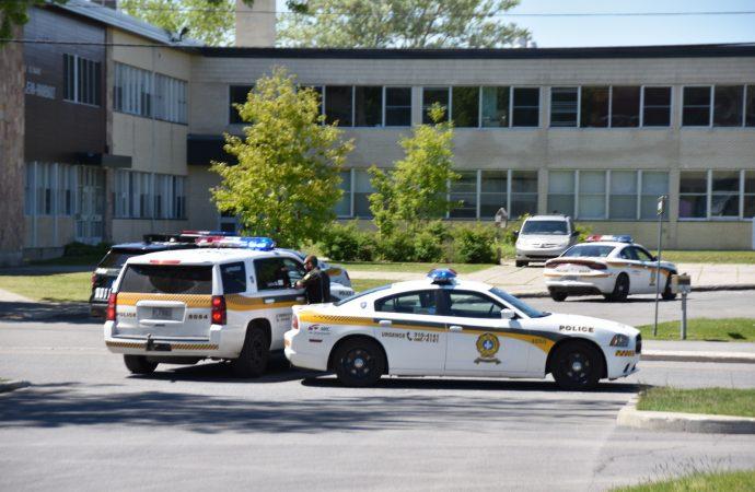 La Sûreté du Québec boucle le secteur scolaire rue Pelletier à Drummondville