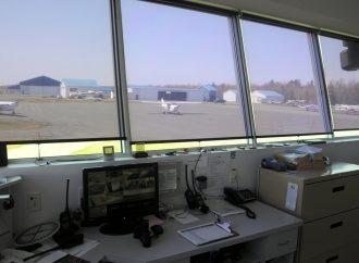 Transport et offre de services aériens en région – Le ministre François Bonnardel annonce un programme de 22,5 millions