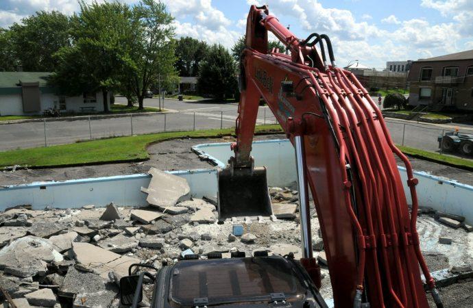 Lancement des travaux à la piscine Frigon