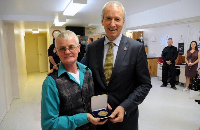 Raymond Parenteau honoré pour avoir sauvé son frère