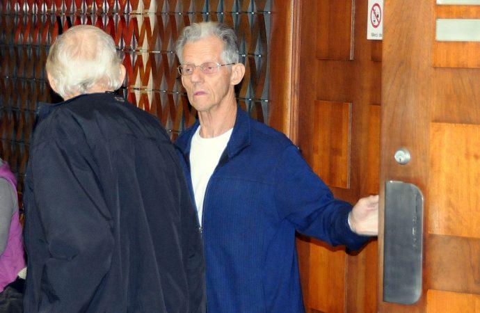 Dion écope de 18 mois de prison et prend la direction des cellules