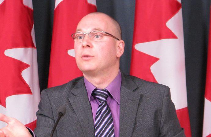 Bilinguisme des juges: Les libéraux votent contre le projet du NPD