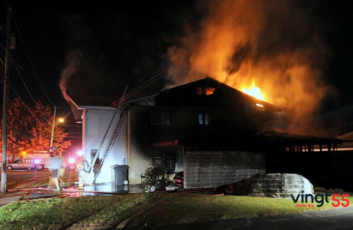 Les pompiers de Drummondville maîtrisent rapidement un incendie sur St-Omer