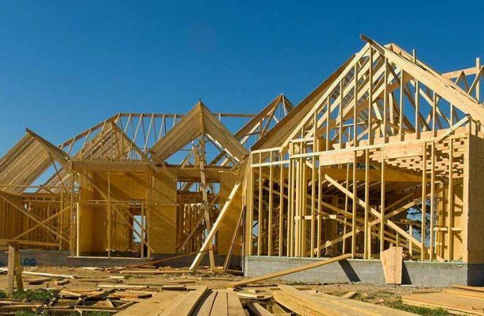 Négociations dans la construction: La ministre Vien confirme le recours à l'arbitrage