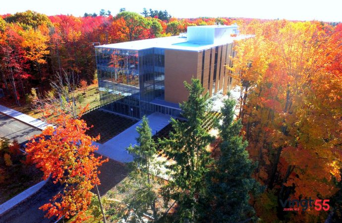 Campus de l'UQTR à Drummondville-Portes-ouvertes pour les personnes intéressées samedi 18 novembre