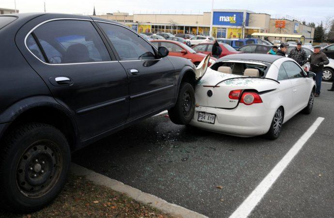 Violent accident dans un stationnement à Drummondville