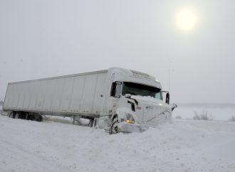 Dure journée pour les automobilistes et camionneurs – Près d'une centaine de sorties de route sur le territoire de la MRC de Drummond