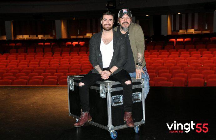 (ENTREVUE-VIDÉO) Le Vingt55 réalise une entrevue «Road-Case» pour la tournée et le spectacle «Welcome Bonheur» de Kain