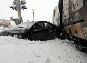 Train versus automobile – Le centre-ville de Drummondville paralysé par un accident