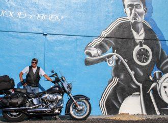 LES GRANDS EXPLORATEURS PRÉSENTENT: Côte Est de Montréal à Key West en moto avec Marc Poirel