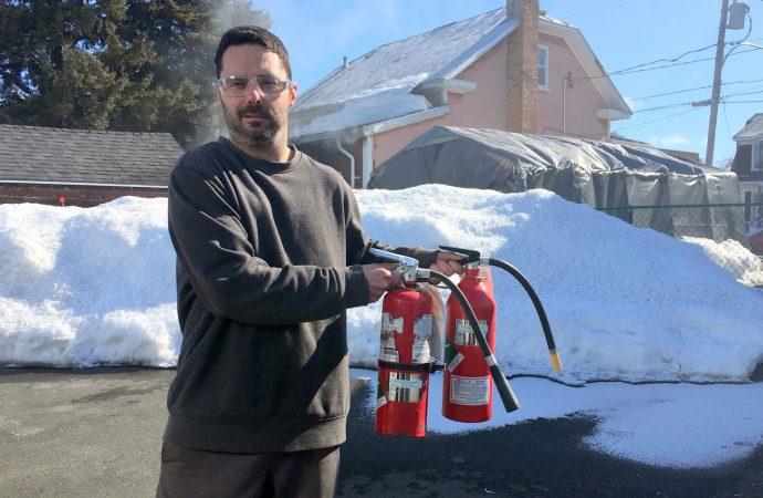 Un voisin «allumé» permet d'éviter la propagation d'un feu de résidence sur la rue Lalement
