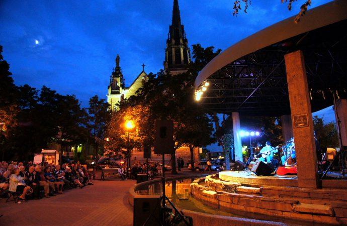 Appel de candidatures – Musiciens, interprètes et groupes musicaux drummondvillois: Faites partie de la programmation Drummondville en scène!