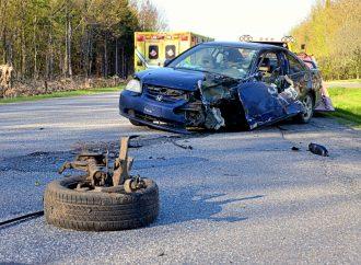 Violente collision sur le 13e rang à Notre-Dame-du-Bon-Conseil – Un jeune conducteur s'endort au volant
