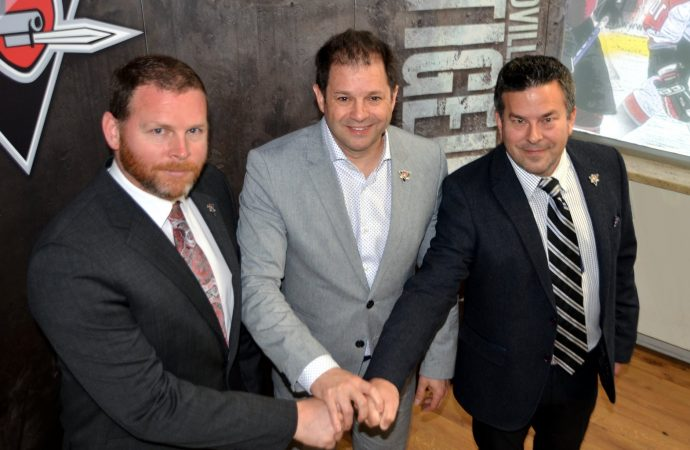 Les Voltigeurs de Drummondville annoncent le congédiement de M. Stéphane Desroches