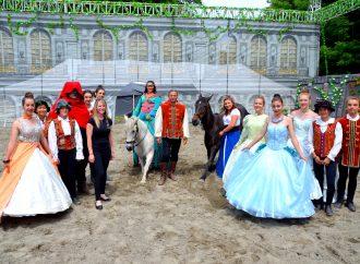 Apzara présente le spectacle d'art équestre «La Belle et La Bête» du 5 juillet au 18 août