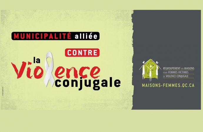 Campagne Municipalités alliées contre la violence conjugale: Le Regroupement appelle les municipalités à passer de la parole aux gestes