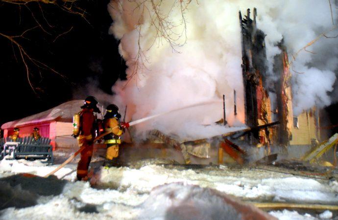Incendie de résidence à Sainte-Clotilde-de-Horton