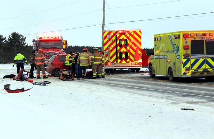 Cinq blessés dans un accident sur la route 122 à Sainte-Clotilde-de-Horton